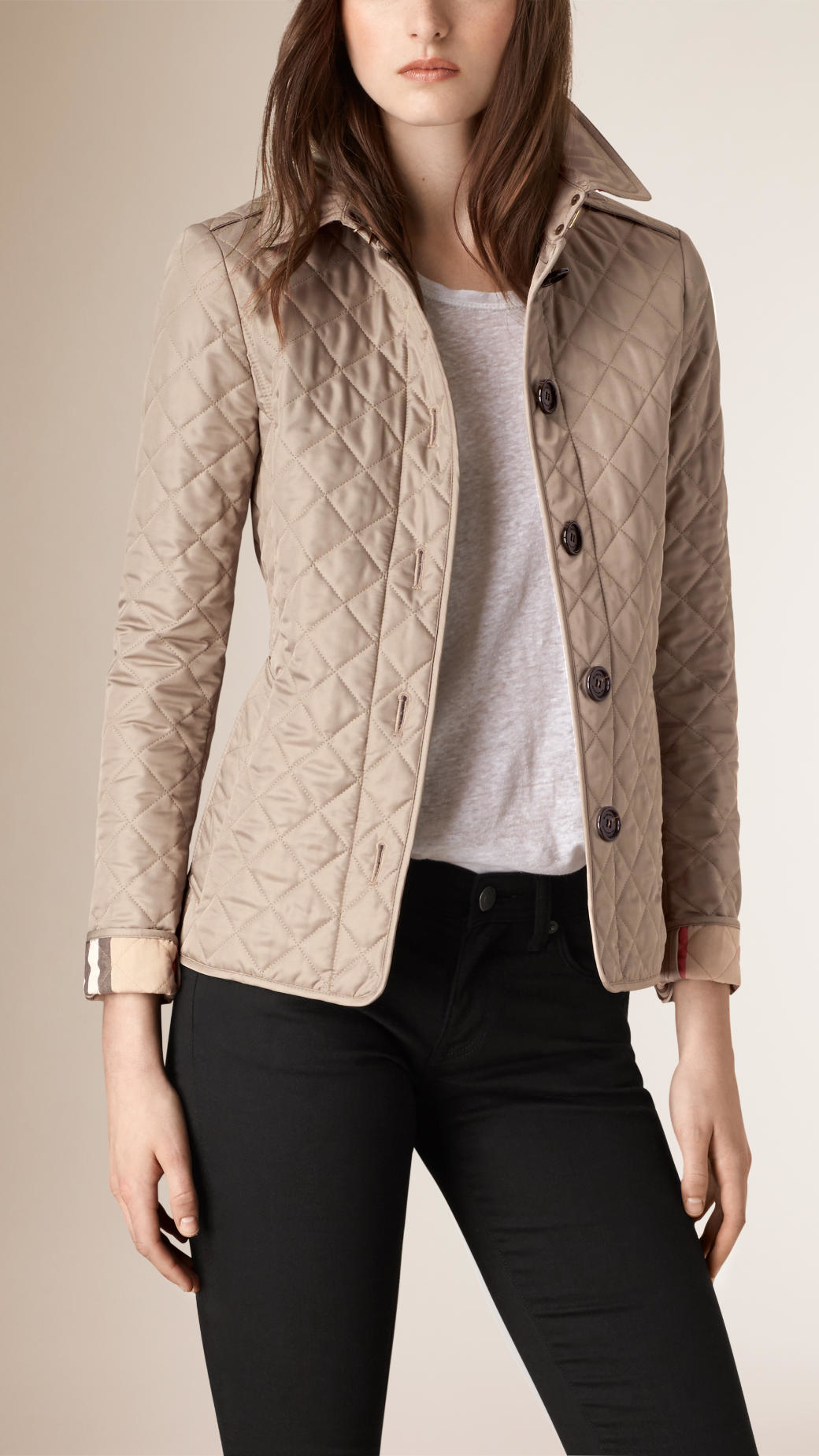 pin red girls pinterest things quilted quilt that jacket burberry like