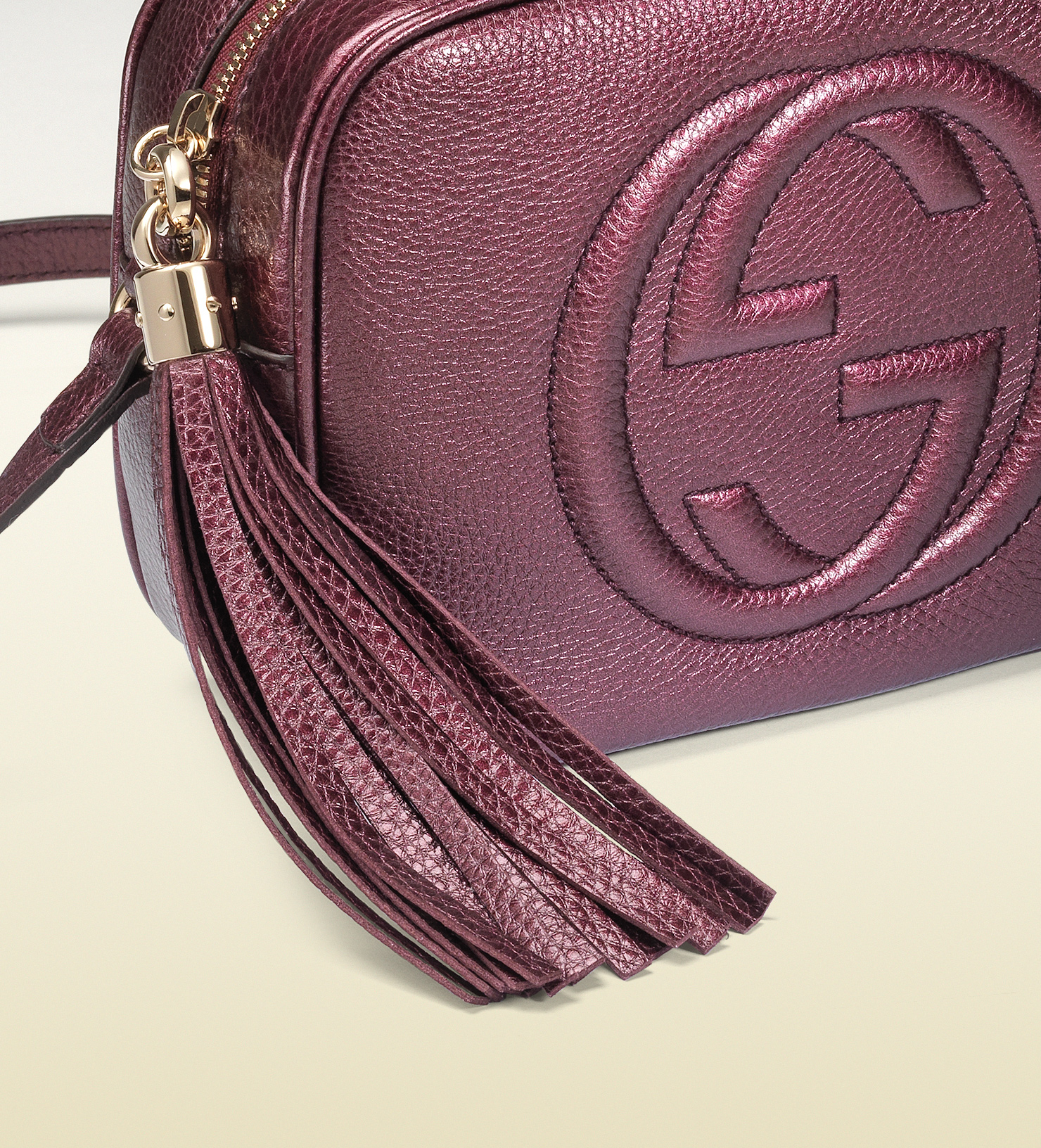 f65adaee629 Lyst - Gucci Soho Metallic Leather Disco Bag in Purple