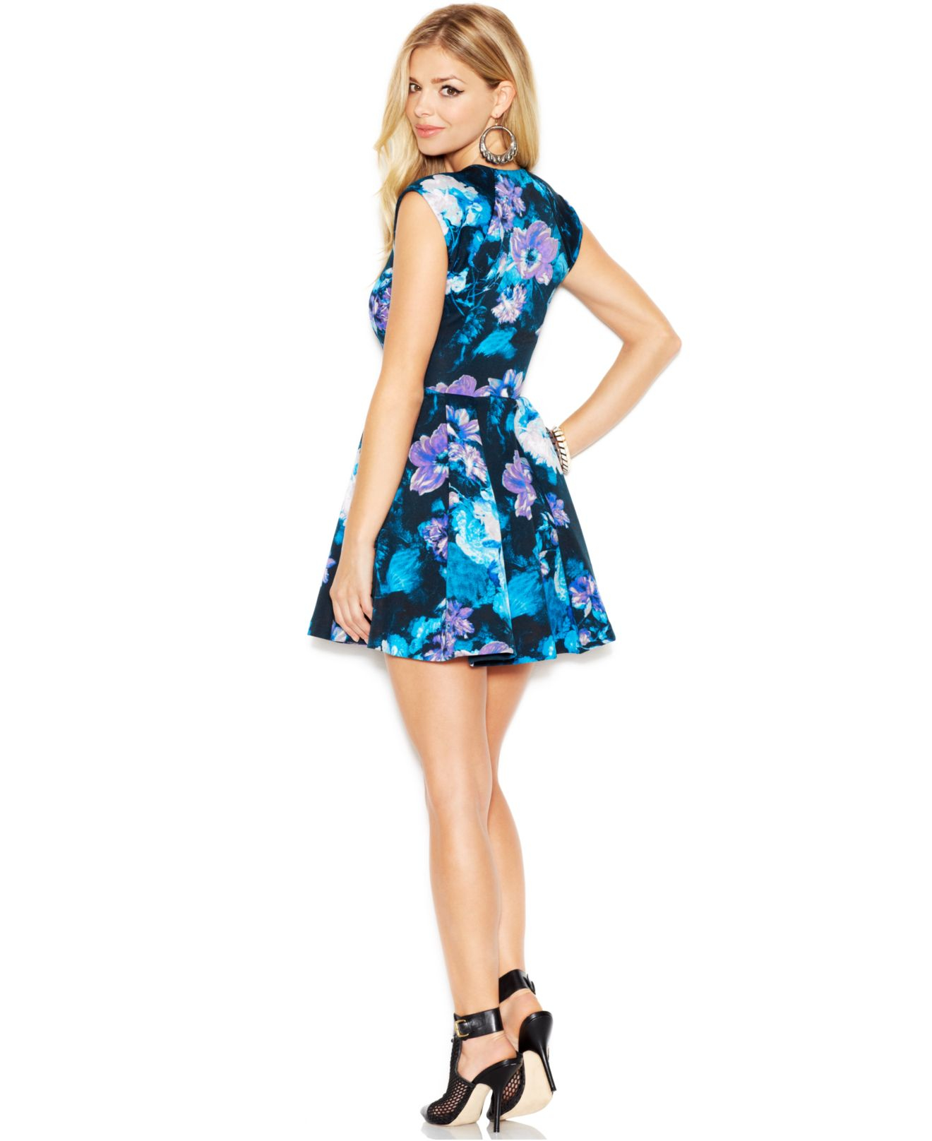 Lyst Guess Cap Sleeve Floral Print Flared Scuba Dress In