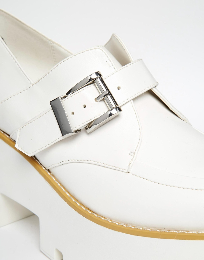 2dd19c5ba5f Lyst - ASOS Proximity Platform Shoes in White