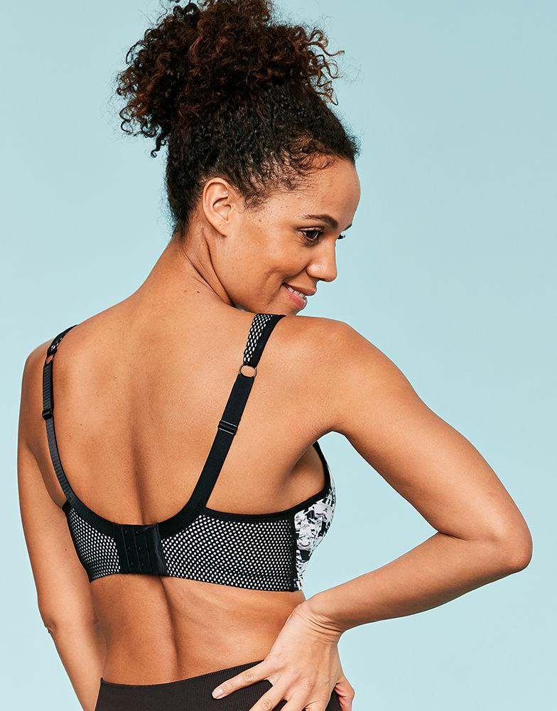 00f698f9a3a7 Panache Sports Moulded Underwired Bra - Lyst