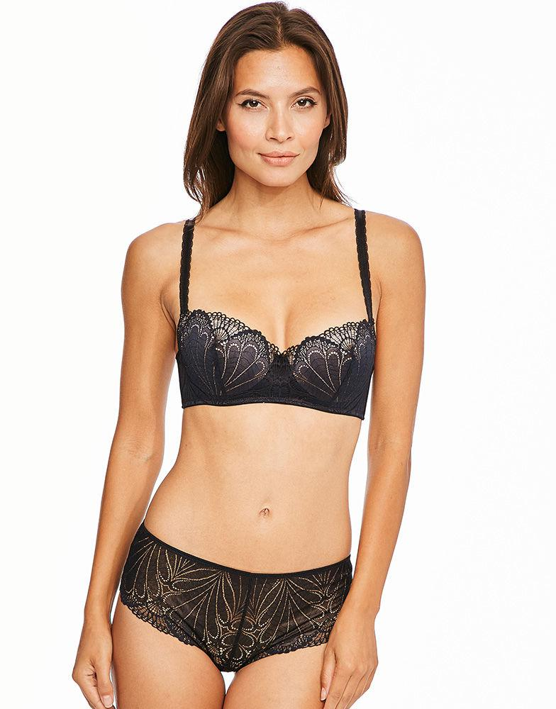 0eee341540672 Wonderbra Refined Glamour Balconette Bra in Black - Lyst