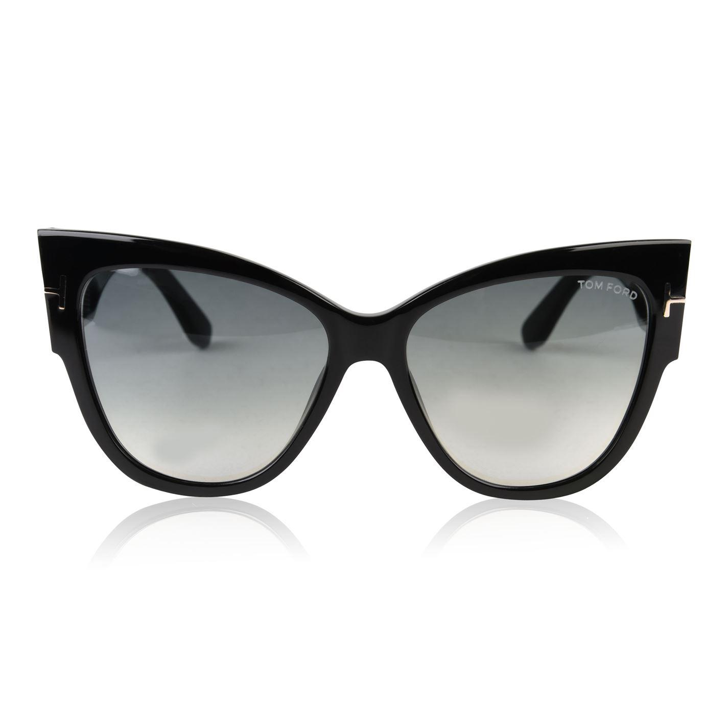 f14abadf2b Gallery. Previously sold at  Flannels · Women s Cat Eye Sunglasses Women s Tom  Ford ...