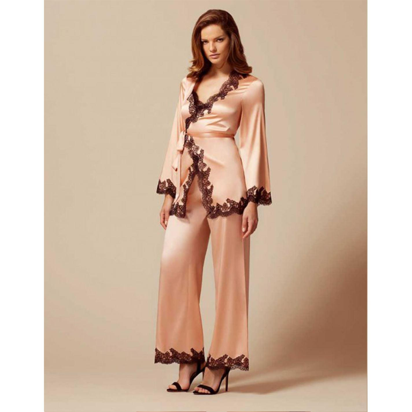 77ae10bb8d Lyst - Agent Provocateur Amelea Pyjama Top in Pink