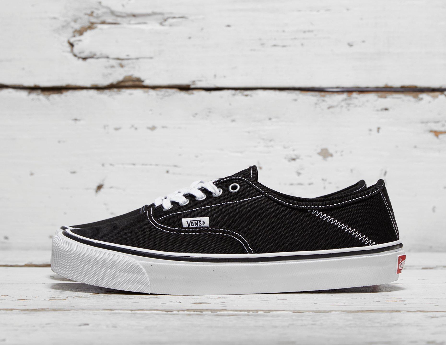 vans black 43