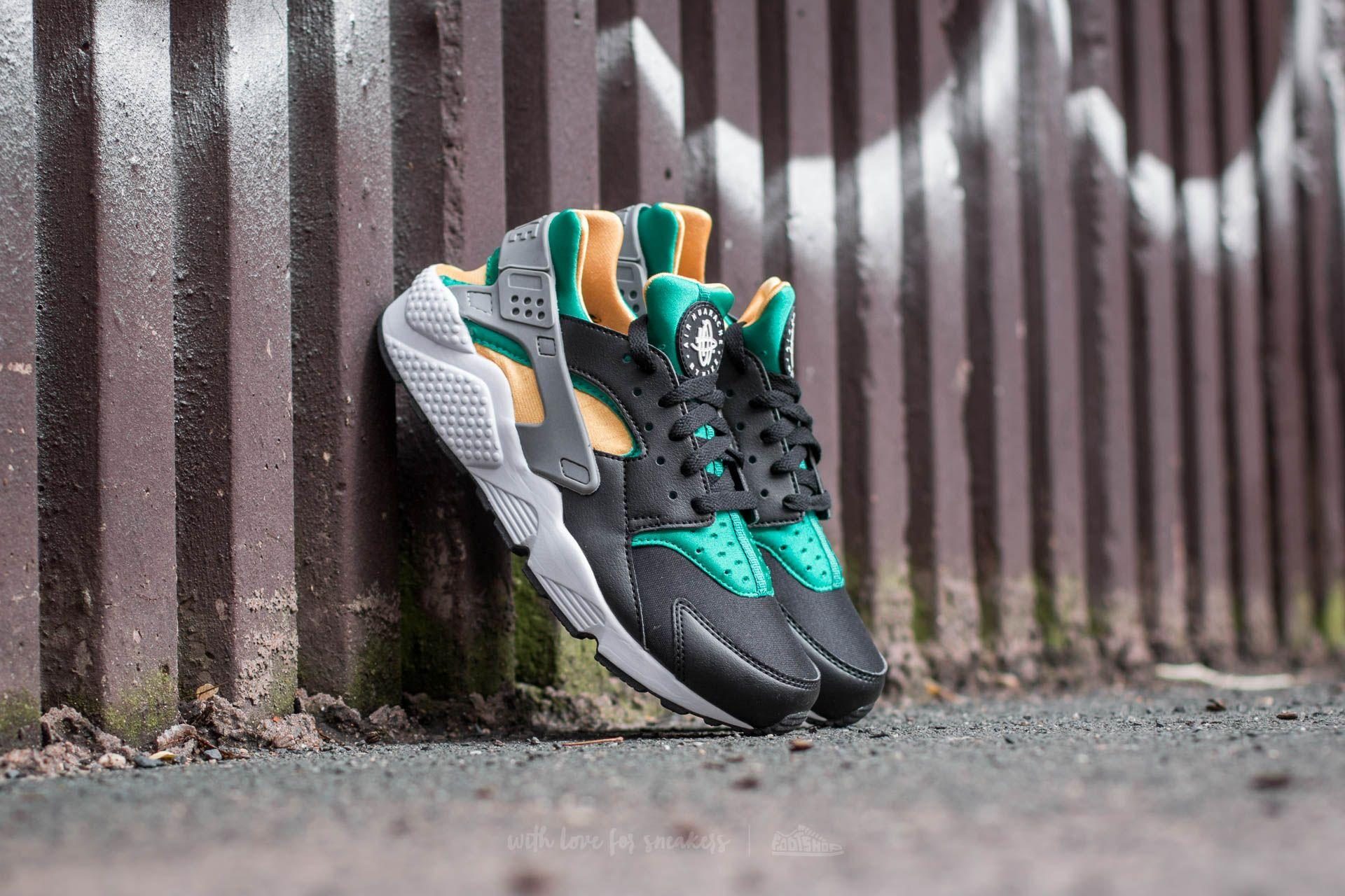 new product d131a 3200f Gallery. Previously sold at  Footshop · Men s Nike Huarache ...