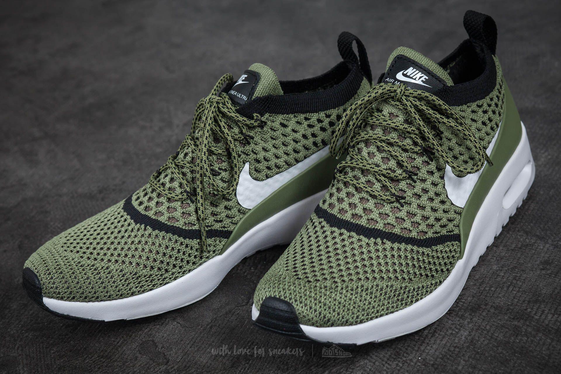 f5ccf4e4de5fd Lyst - Nike Wmns Air Max Thea Ultra Flyknit Palm Green  White-black ...