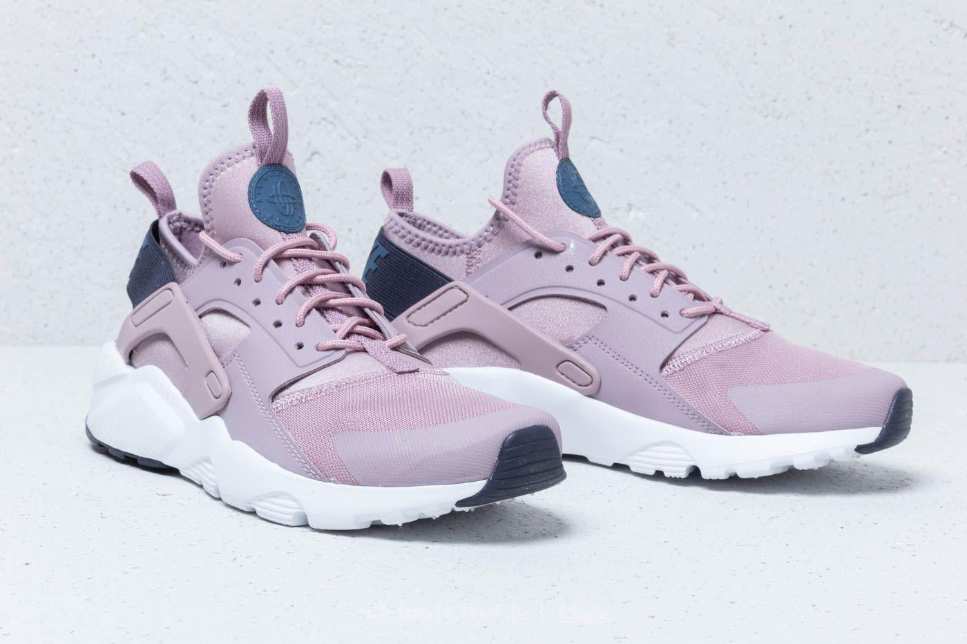 finest selection cd31b 0cf31 Gallery. Previously sold at  Footshop · Women s Nike Air Huarache