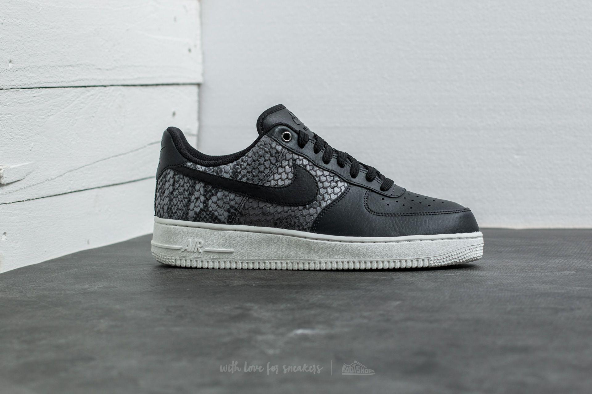 MEN'S NIKE AIR FORCE 1 07 LV8 SHOE - Anthracite/Black/Summit White