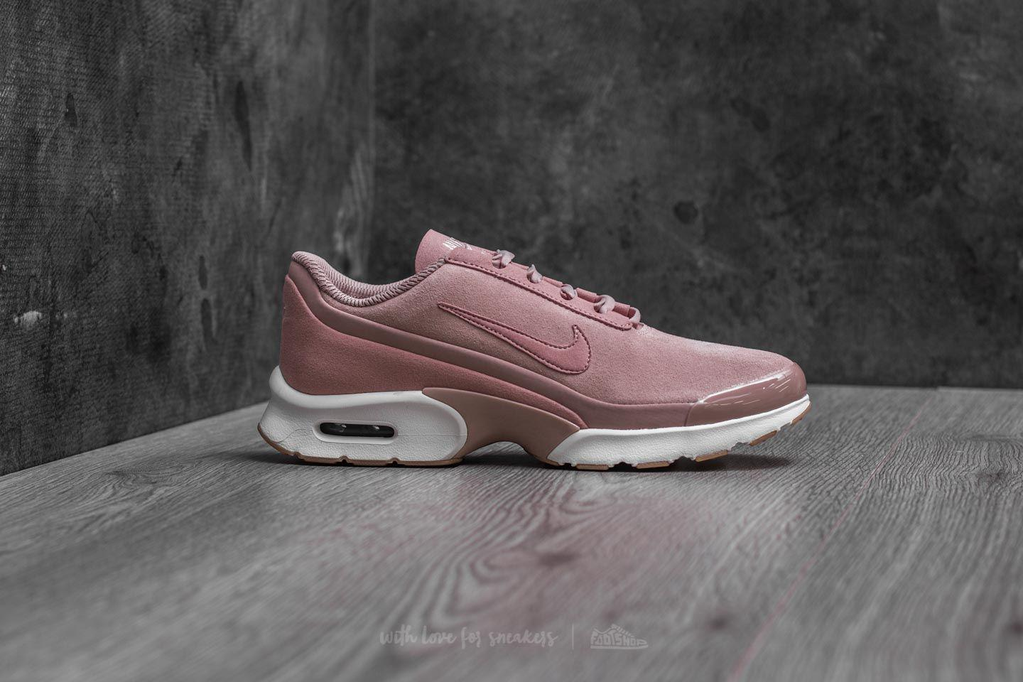 5c85b88038e1 Lyst - Nike W Air Max Jewell Se Particle Pink  Particle Pink in Pink