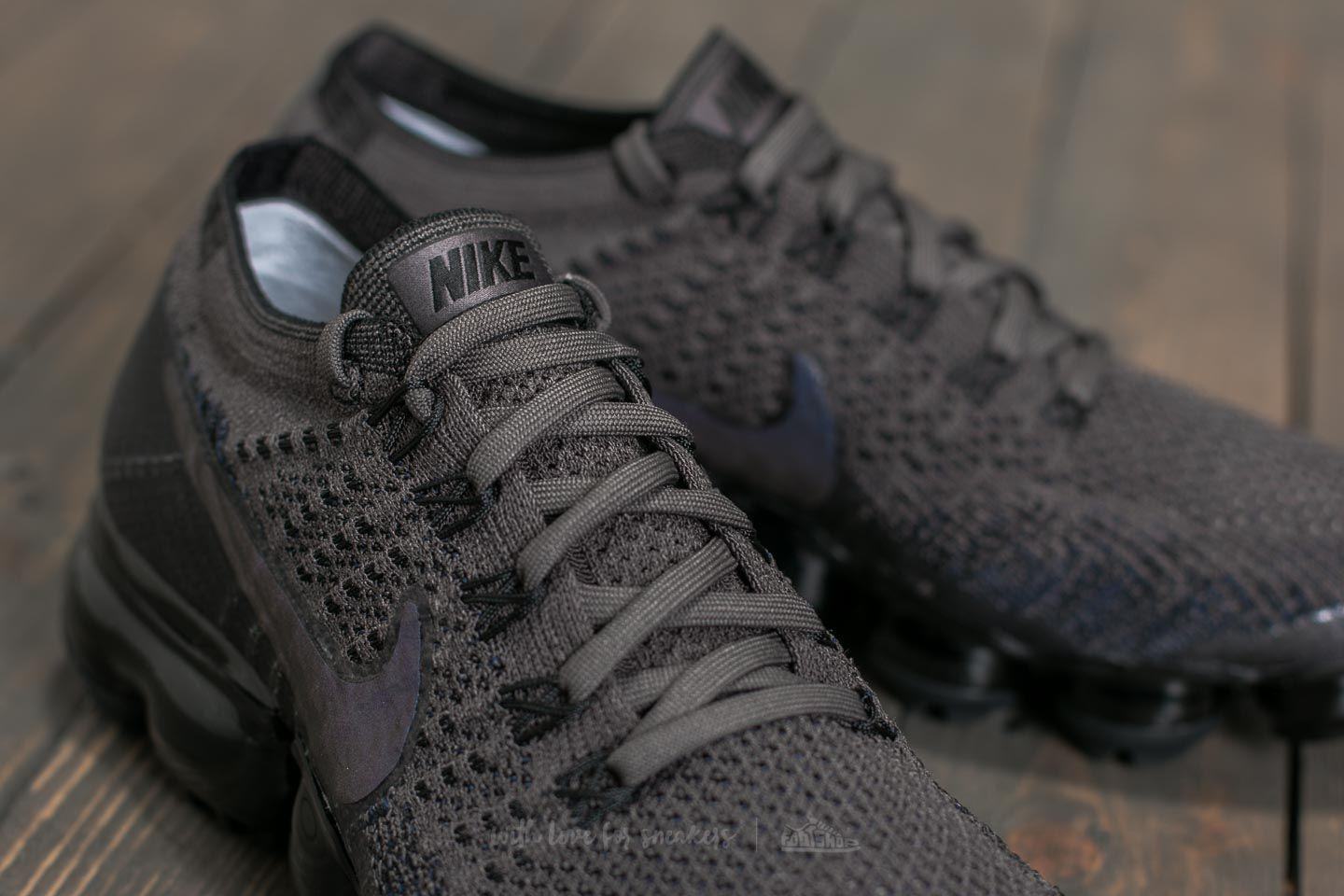 123642511c8aa Lyst - Nike Wmns Air Vapormax Flyknit Midnight Fog  Multi-color ...