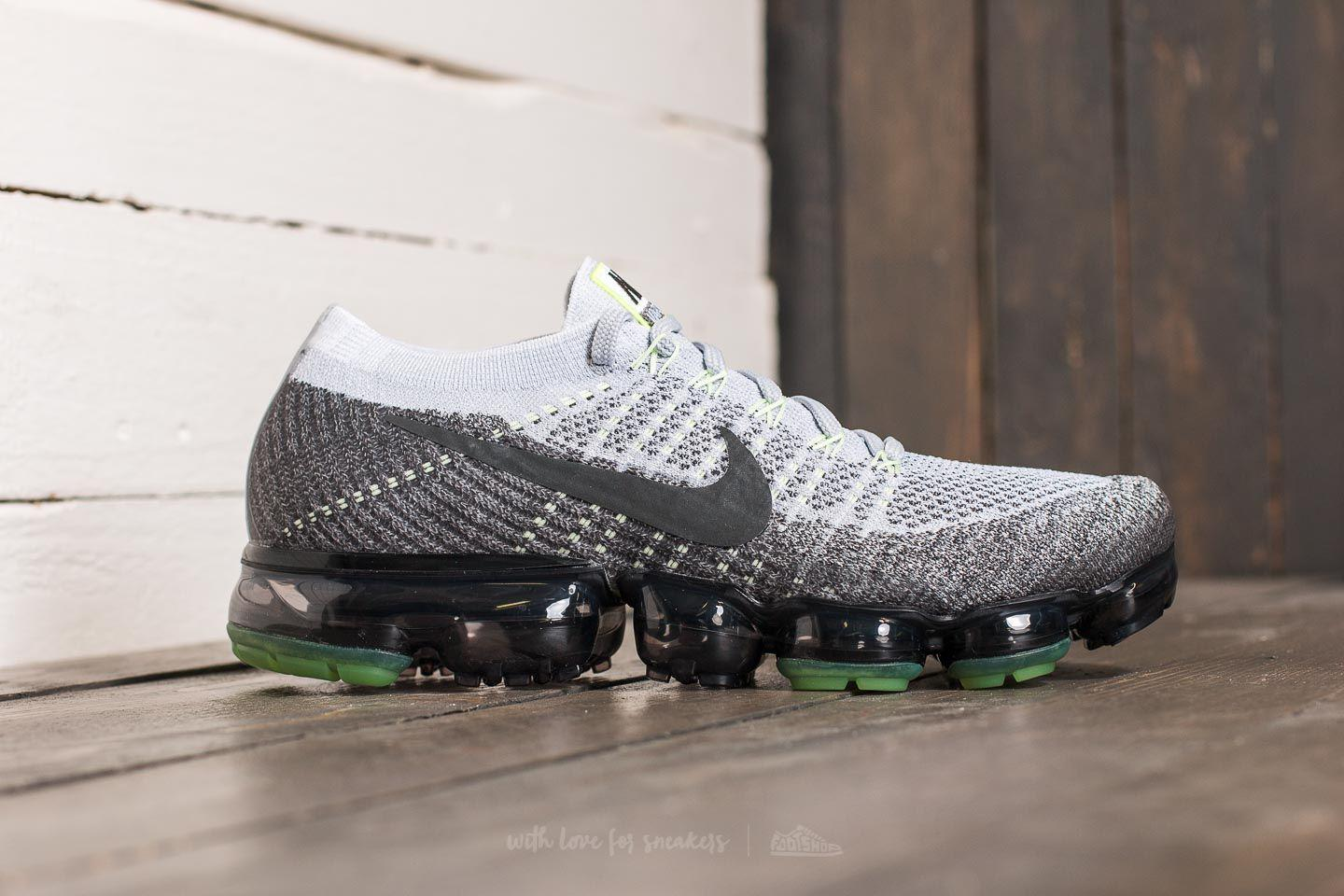 Lyst - Nike Air Vapormax Flyknit E Pure Platinum  Anthracite-white ... 83c5b85d91