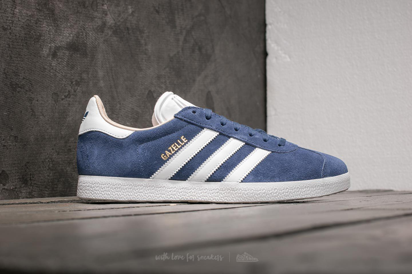 wholesale dealer e1cd0 decc6 Gallery. Previously sold at Footshop · Womens Adidas Gazelle ...