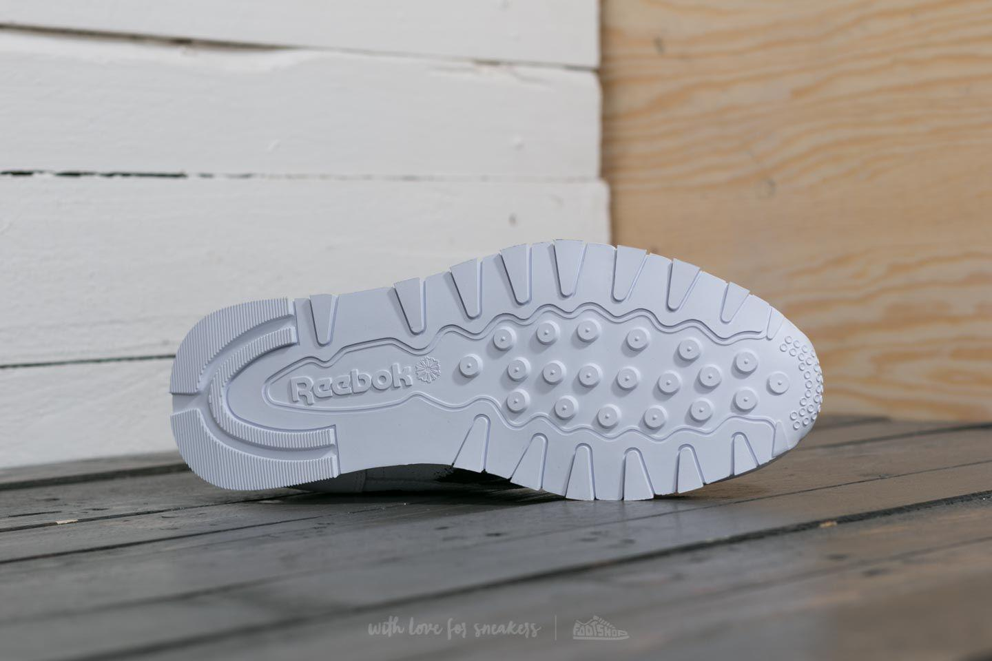 cf6f60a9ab1d Lyst - Reebok Reebok X Montana Cans Classic Leather White  Black in ...