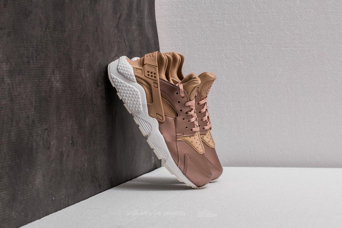 the best attitude 6dca9 0b638 Nike Wmns Air Huarache Run Premium Txt Elm/ Metallic Red Bronze in ...