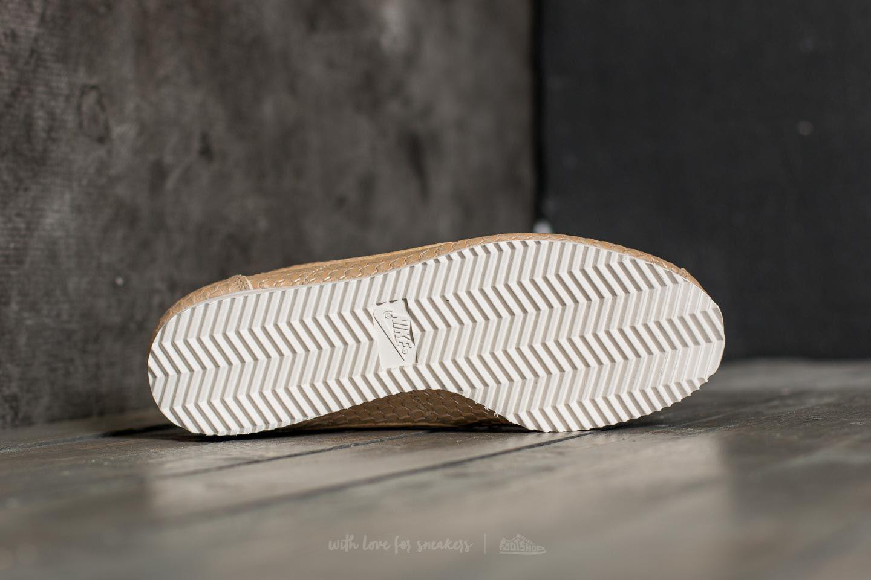 Lyst - Nike Wmns Classic Cortez Se Blur  Bio Beige-light Orewood ... 6e70a6901