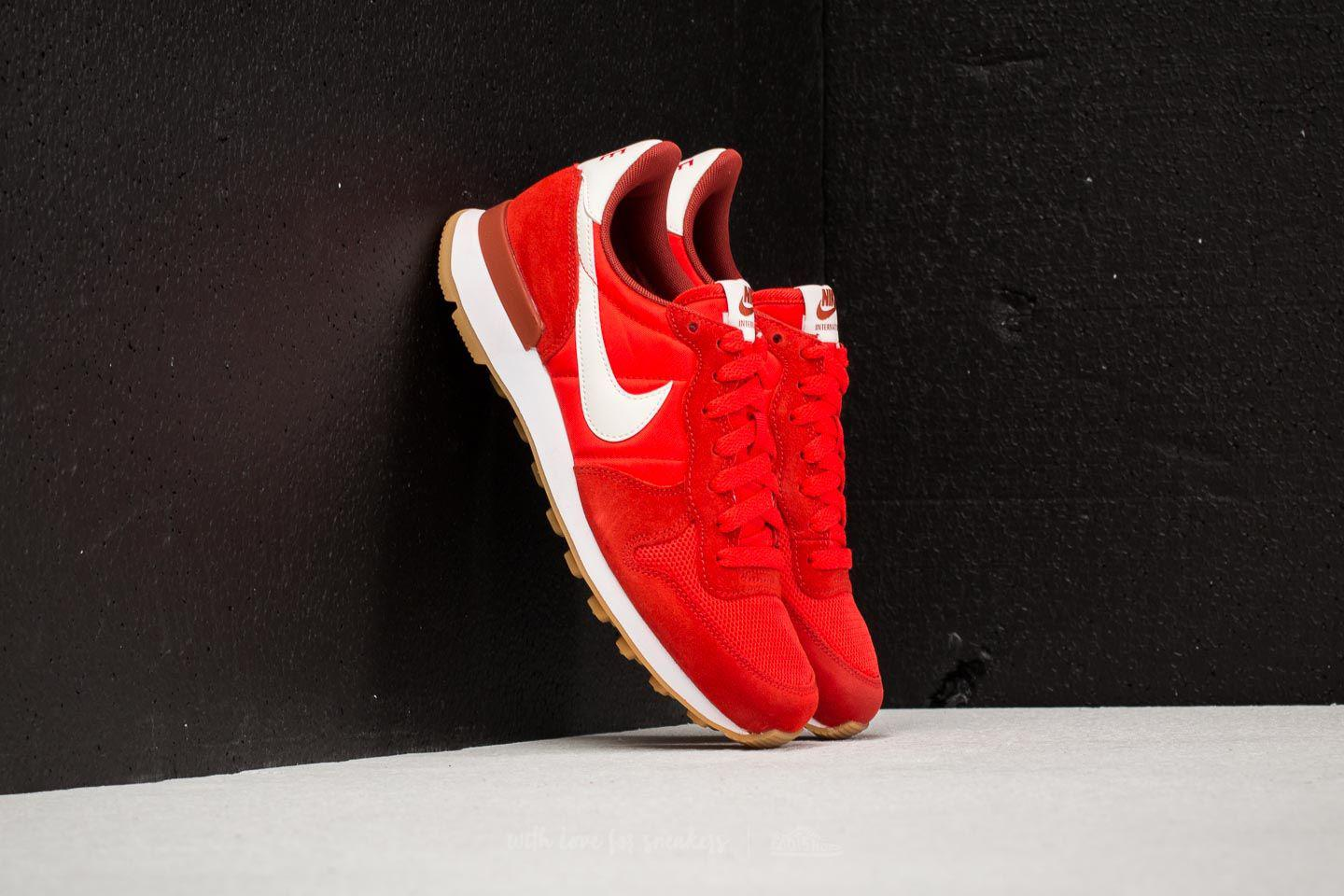 7aff530cfde Nike Wmns Internationalist Habanero Red  Mars Stone-sail in Red - Lyst