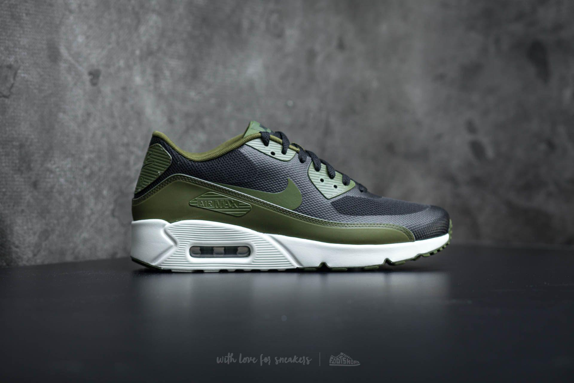 sports shoes e4939 3ade3 Gallery. Previously sold at  Footshop · Men s Air Max 90 Sneakers