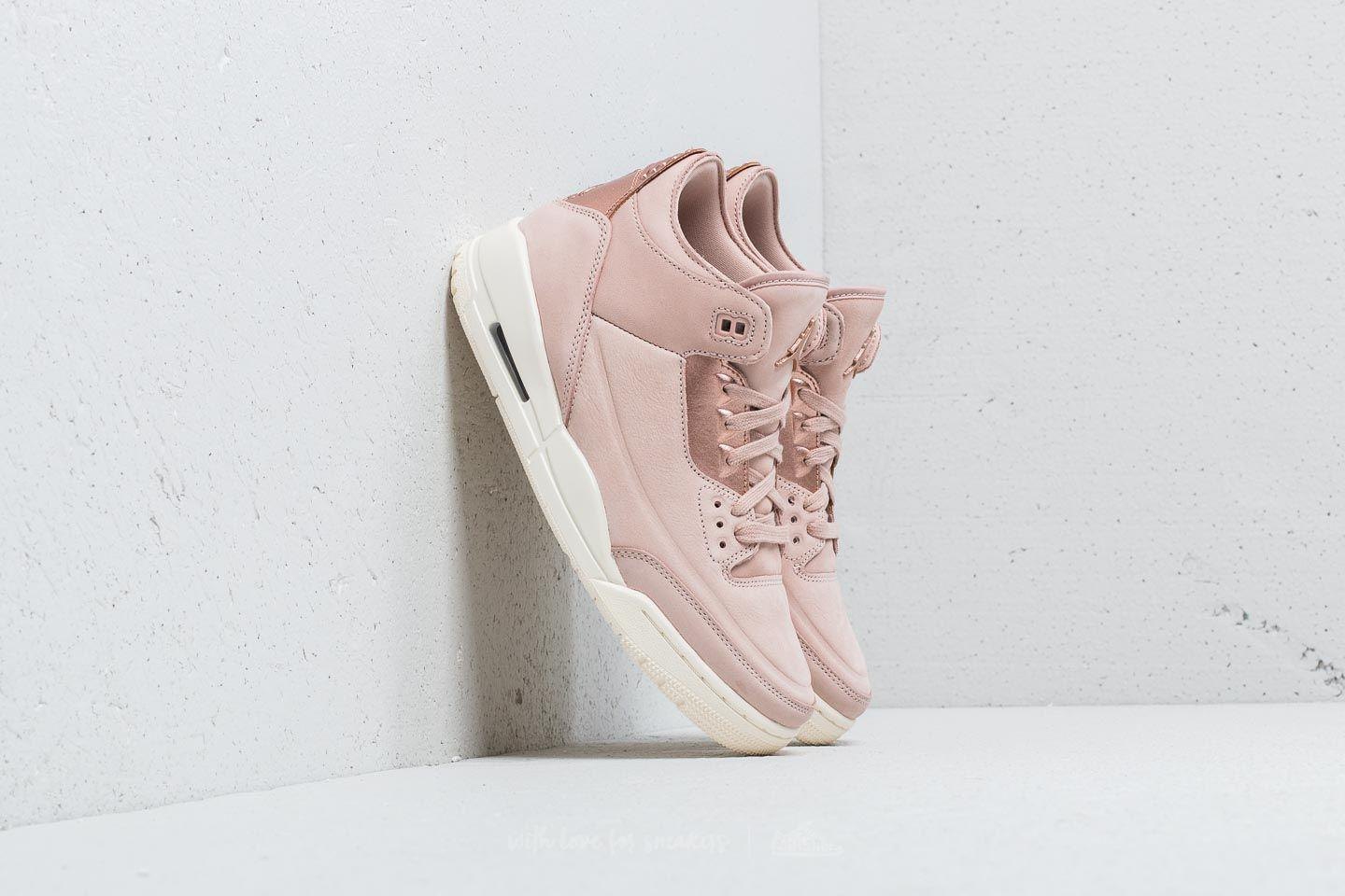 timeless design bd9c9 f65e6 Lyst - Nike Nike Air 3 Retro Se Wmns Particle Beige  Metalic Red Bronze
