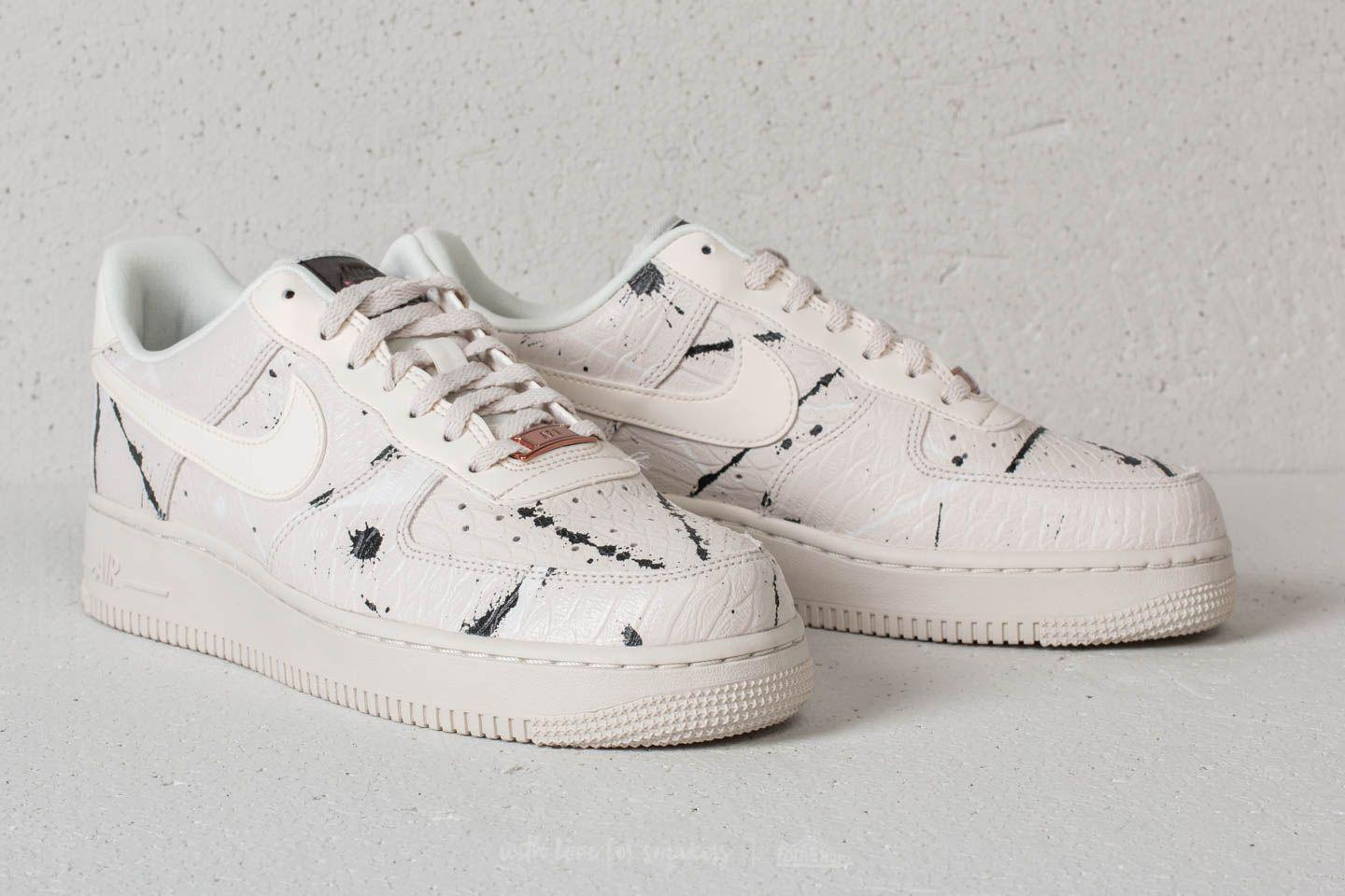 reputable site 91be2 09bbe Gallery. Previously sold at  Footshop · Women s Nike Air Force