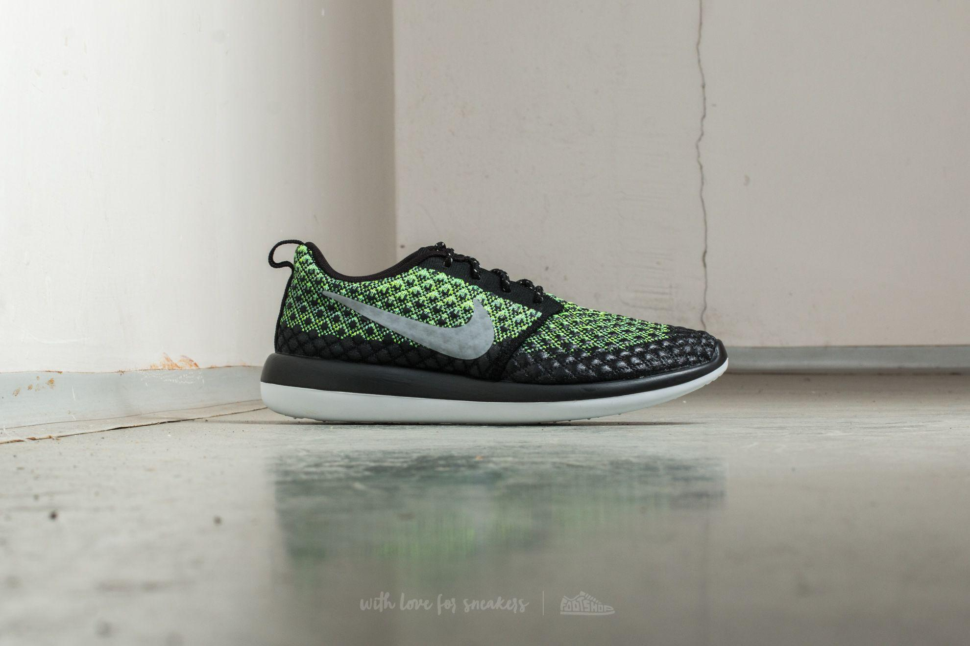 new arrivals 74fe1 3c574 Lyst - Nike Roshe Two Flyknit 365 Volt  Wolf Grey-green Glow in ...