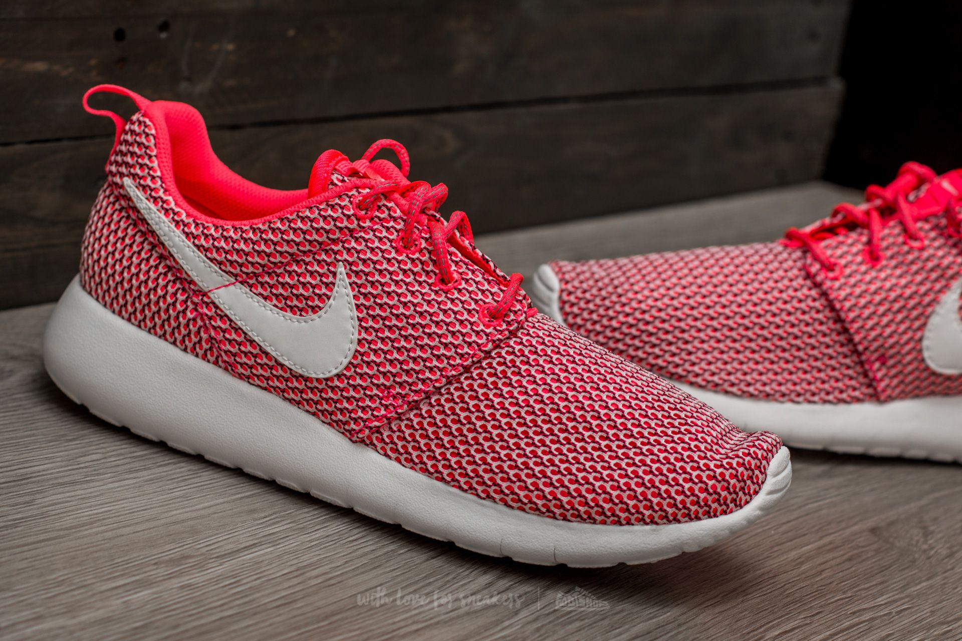 cheap for discount 135d1 43299 greece nike roshe run black pink white 82bef 30d5a