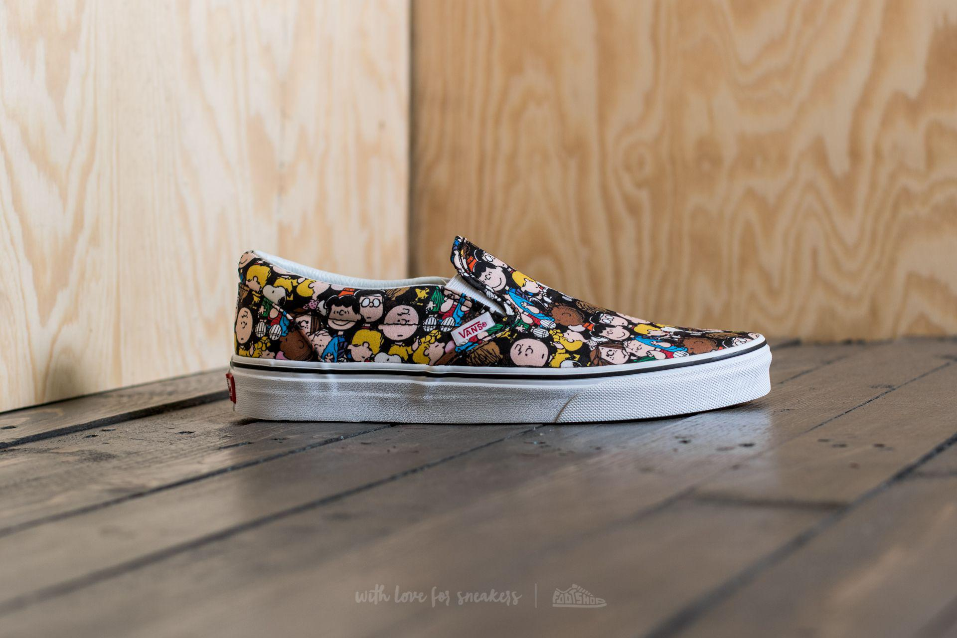61af894eac49 Lyst - Vans X Peanuts Classic Slip-on The Gang  Black