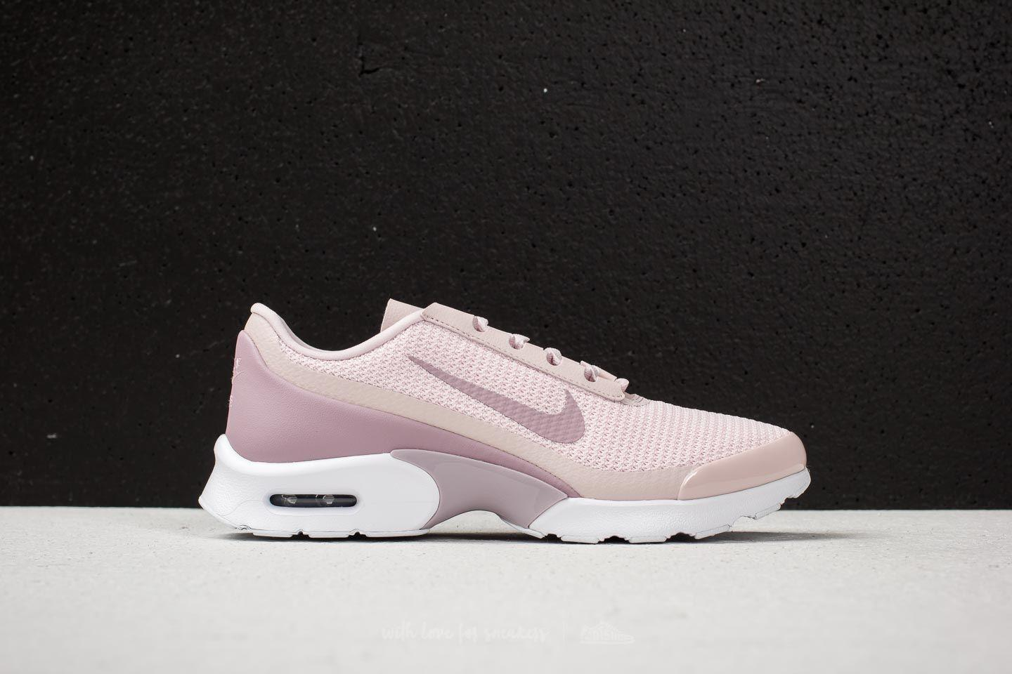 1b3aac66aea Gallery. Previously sold at  Footshop · Women s Nike Air Max