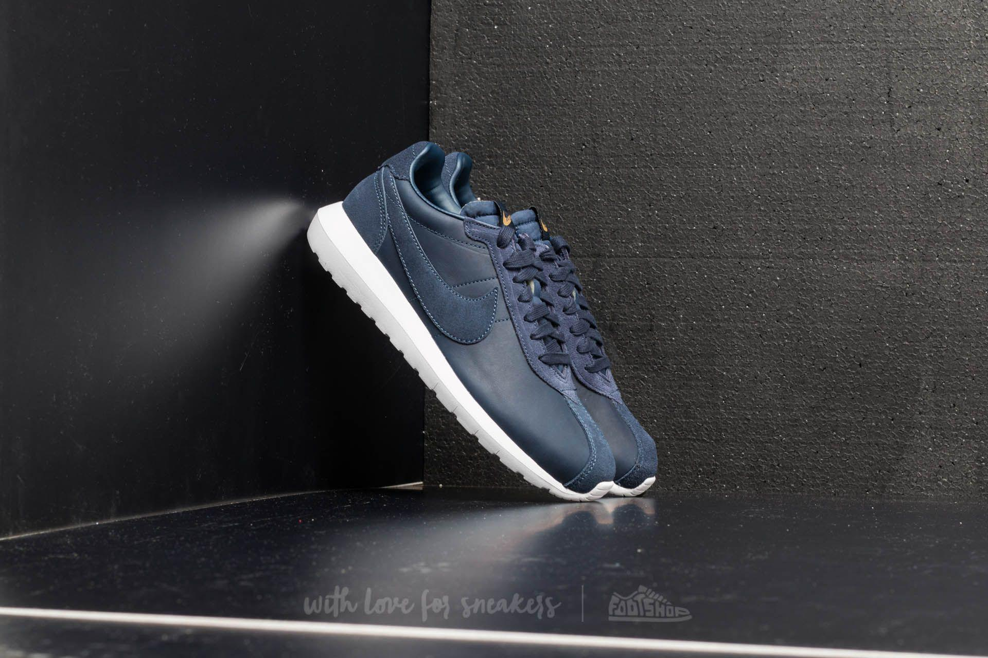finest selection 7ad67 97d89 Gallery. Previously sold at  Footshop · Men s Nike Roshe ...