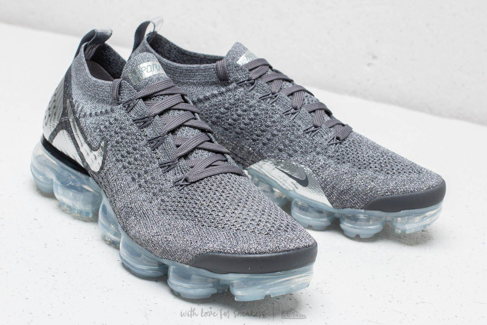 6cdebcb5f67 Lyst - Nike Air Vapormax Flyknit 2 Dark Grey  Chrome-dark Grey in ...