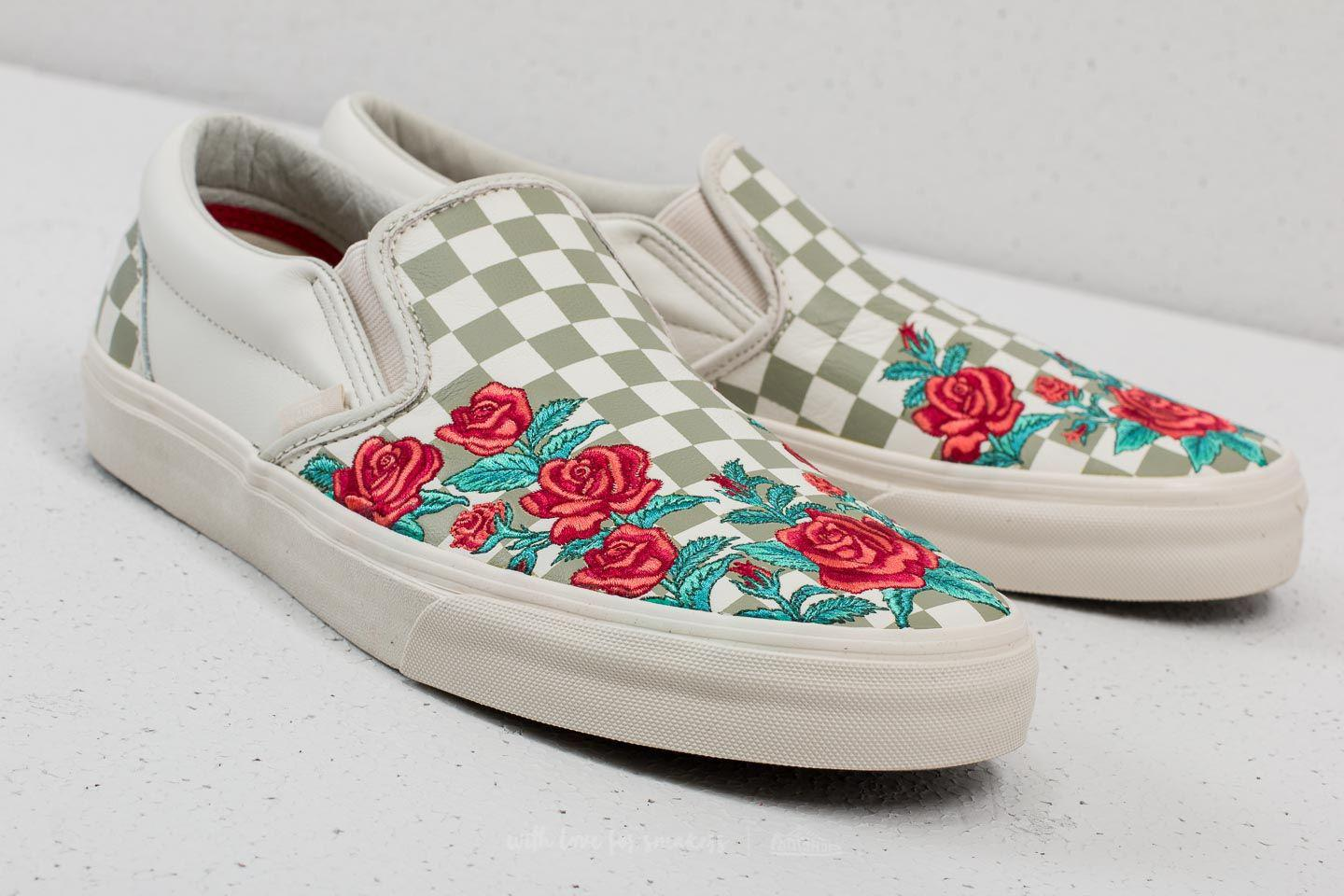f724df94eee Vans Classic Slip-on D (rose Embroidery) Marshmallow for Men - Lyst