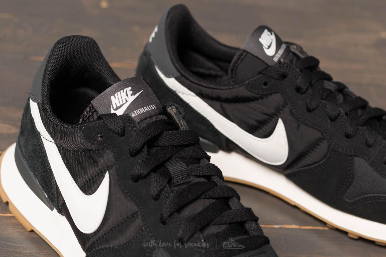 online store 6290c 8eb33 Lyst - Nike Wmns Internationalist Black  Summit White-anthracite ...