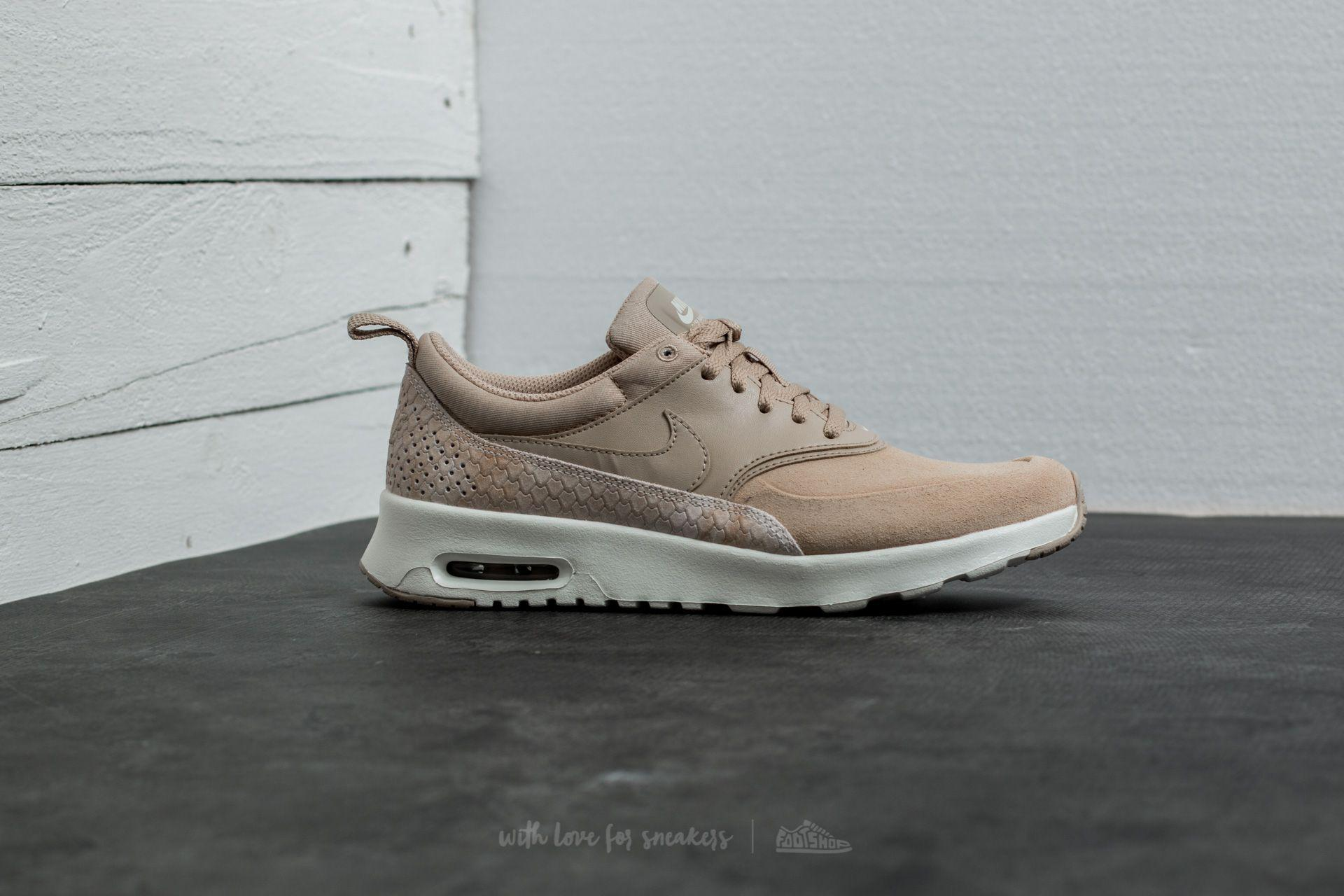 new concept 82426 5ca2a Gallery. Previously sold at  Footshop · Women s Nike Air Max