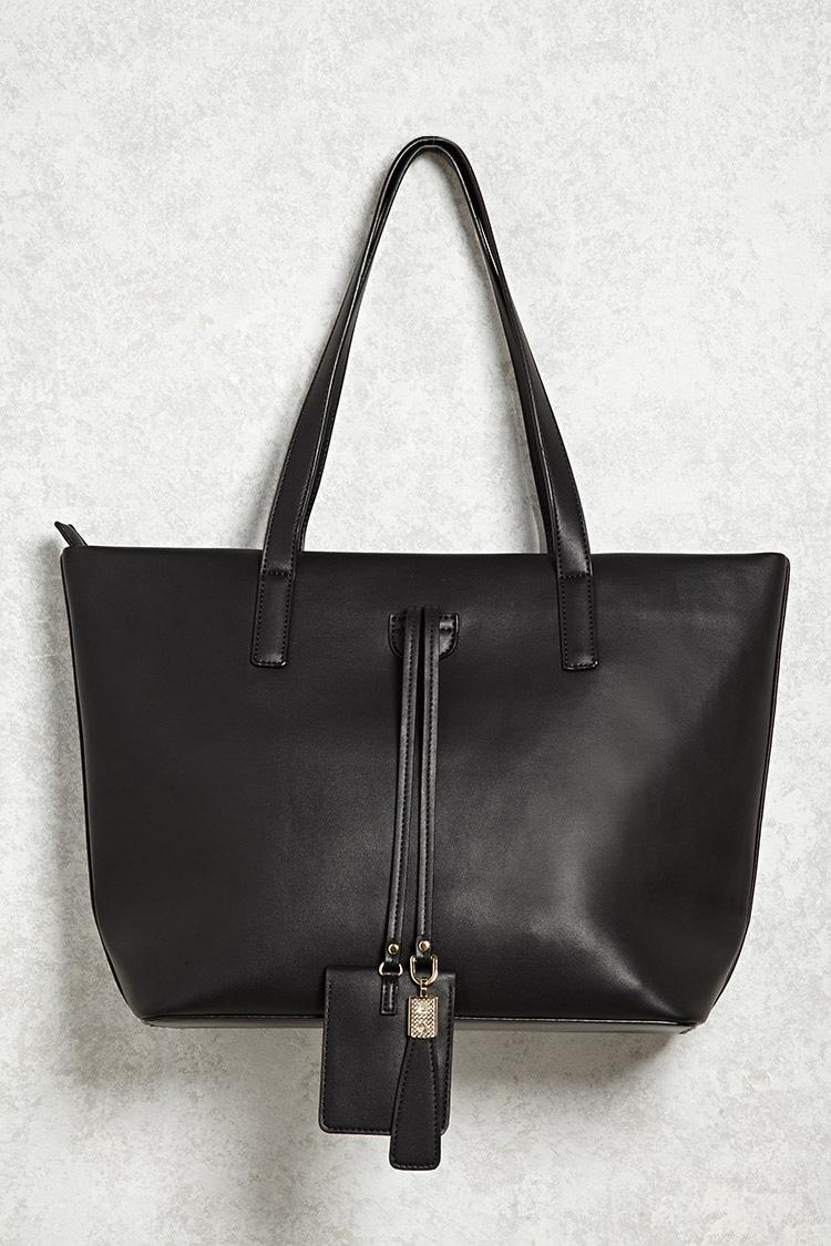 forever 21 handbags forever 21 faux leather tote handbag in black lyst 30621