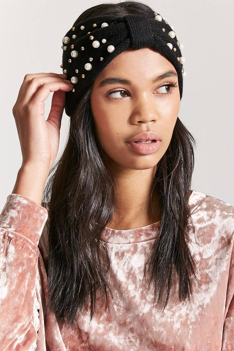 Forever 21 Gathered-front Faux Pearl Stud Headwrap in Black - Lyst ad9753ed78b