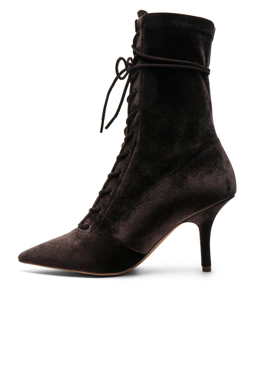 Yeezy Season 5 Velvet Lace Up Boots in . IrADC