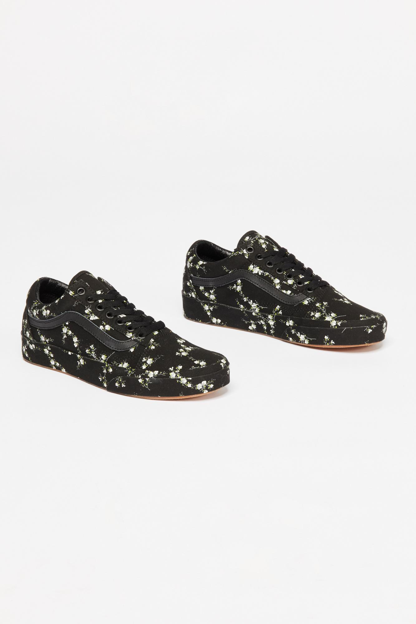 26dcc9d784f7 Free People Old Skool Midnight Floral Sneaker in Black - Lyst