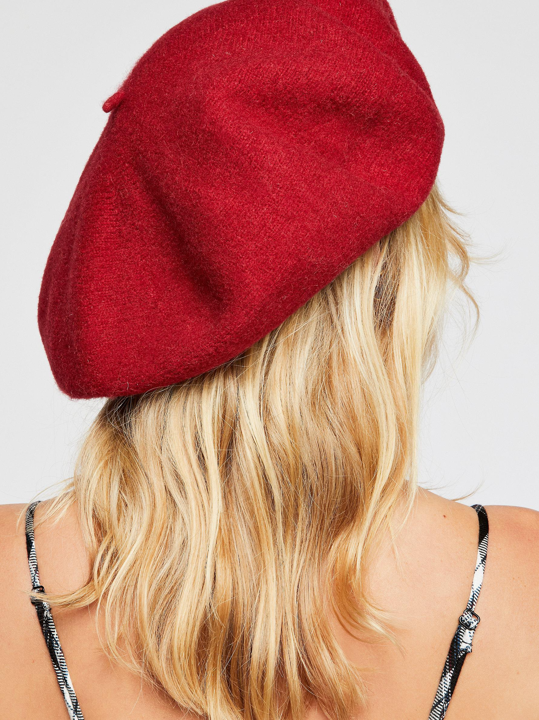 Free People Margot Slouchy Beret in Red - Lyst 7c2ebe04171