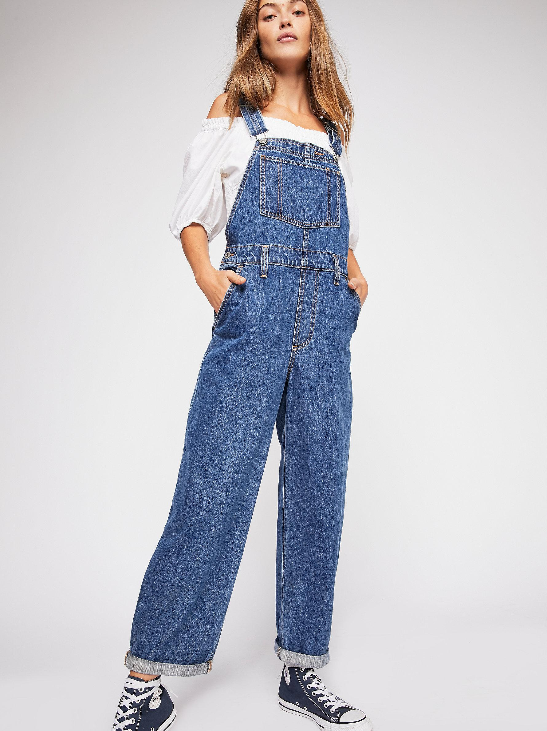 61fa013e9bd Free People Levi s Baggy Denim Overalls in Blue - Lyst