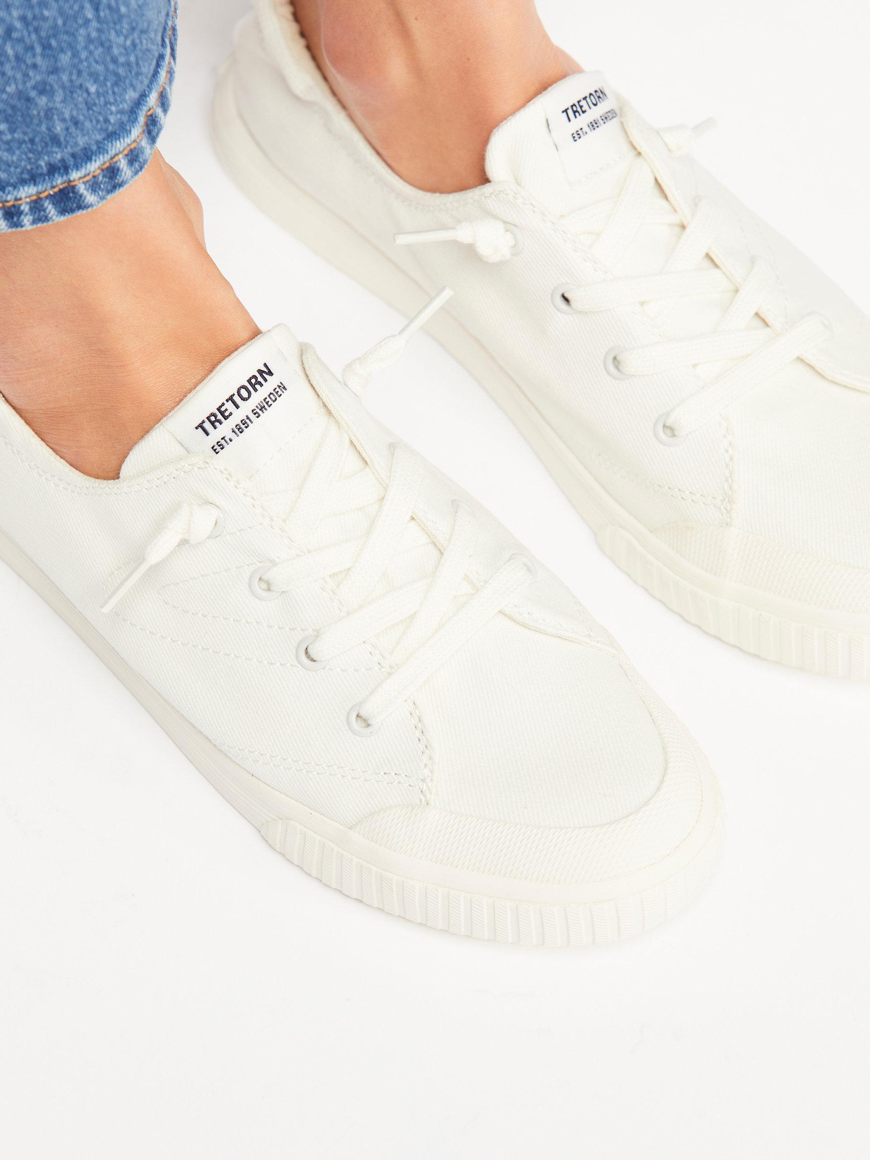 Meg Low Top Sneaker affordable cheap price JBlYcia