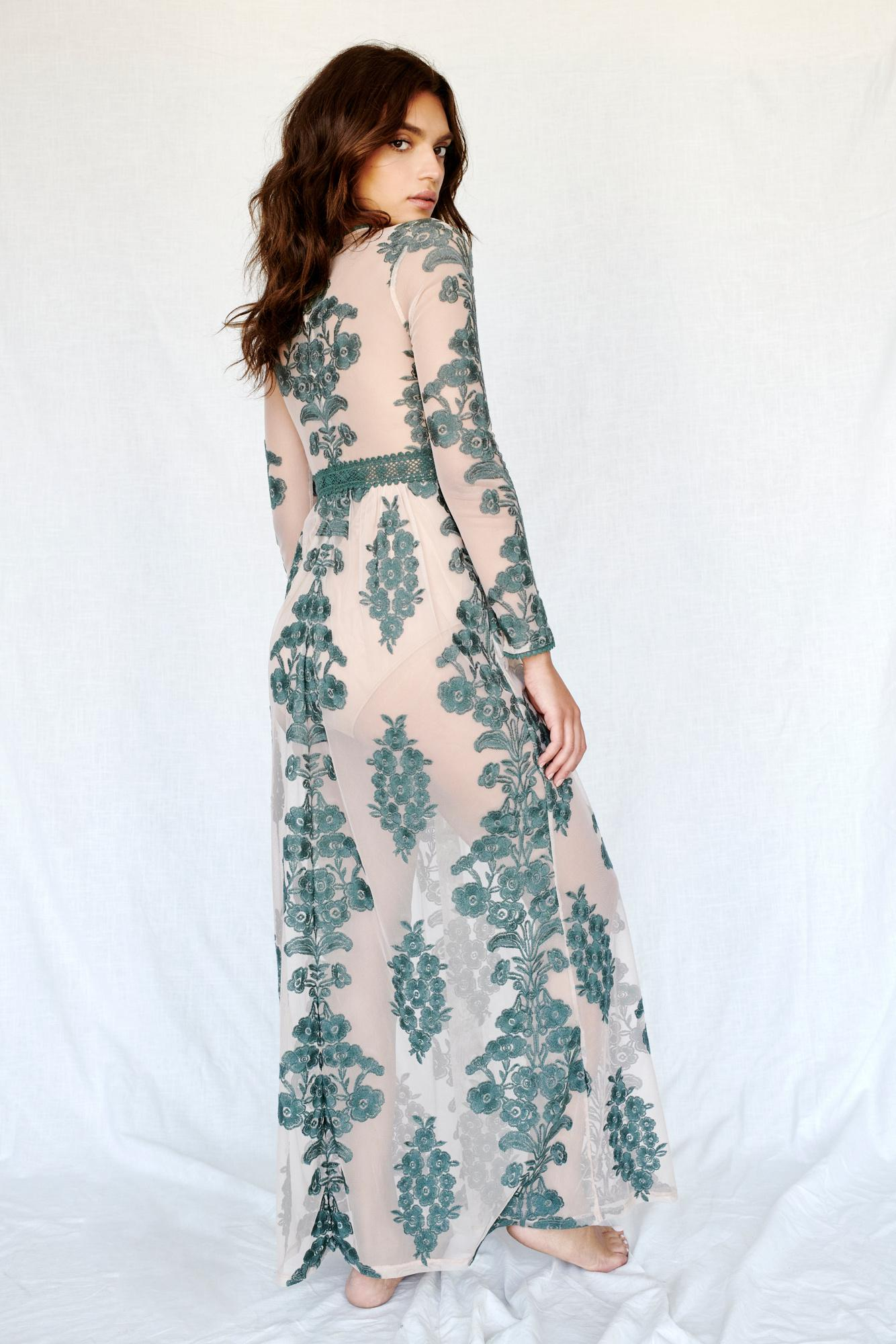 702a43eb7f3 Free People Temecula Maxi Dress By For Love   Lemons in Green - Lyst
