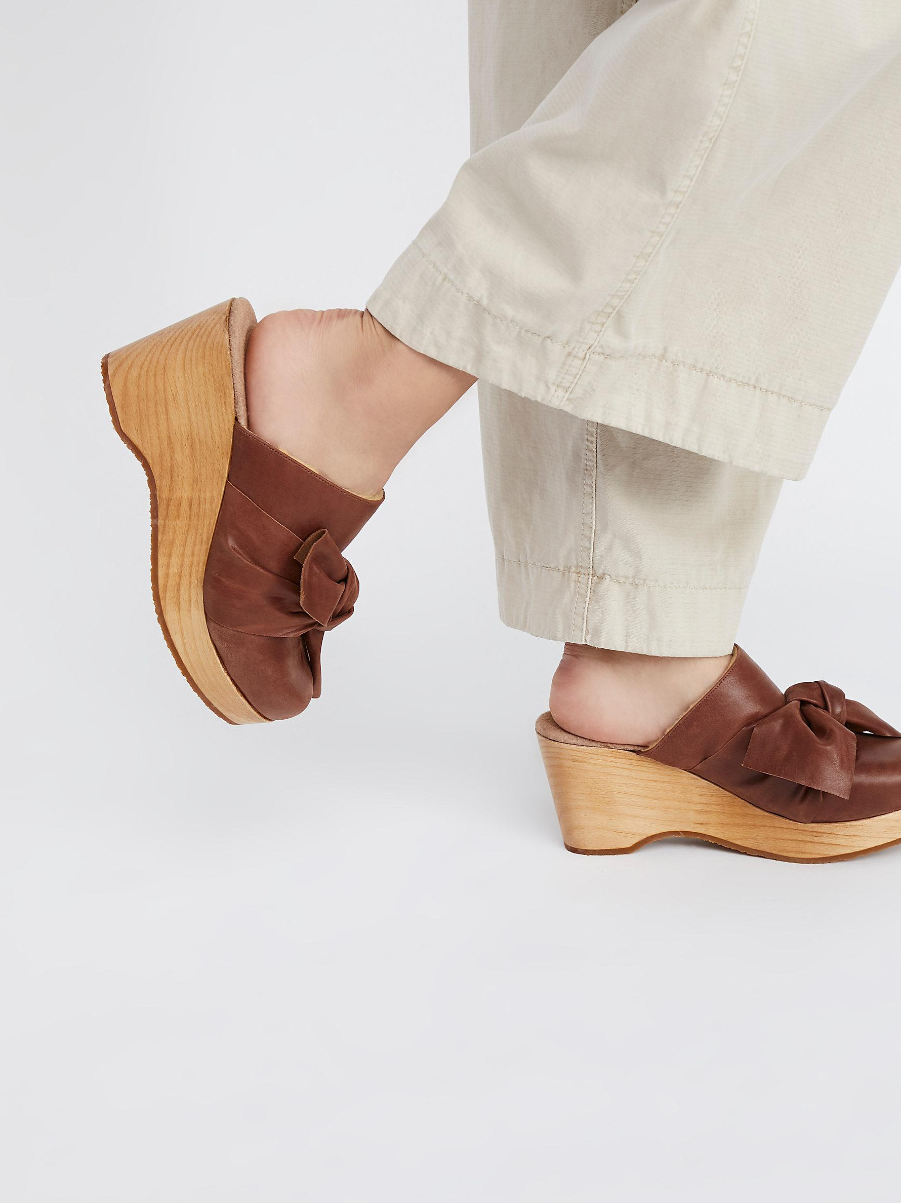 ce58b90e8601 Lyst - Free People Nightingale Clog in Brown