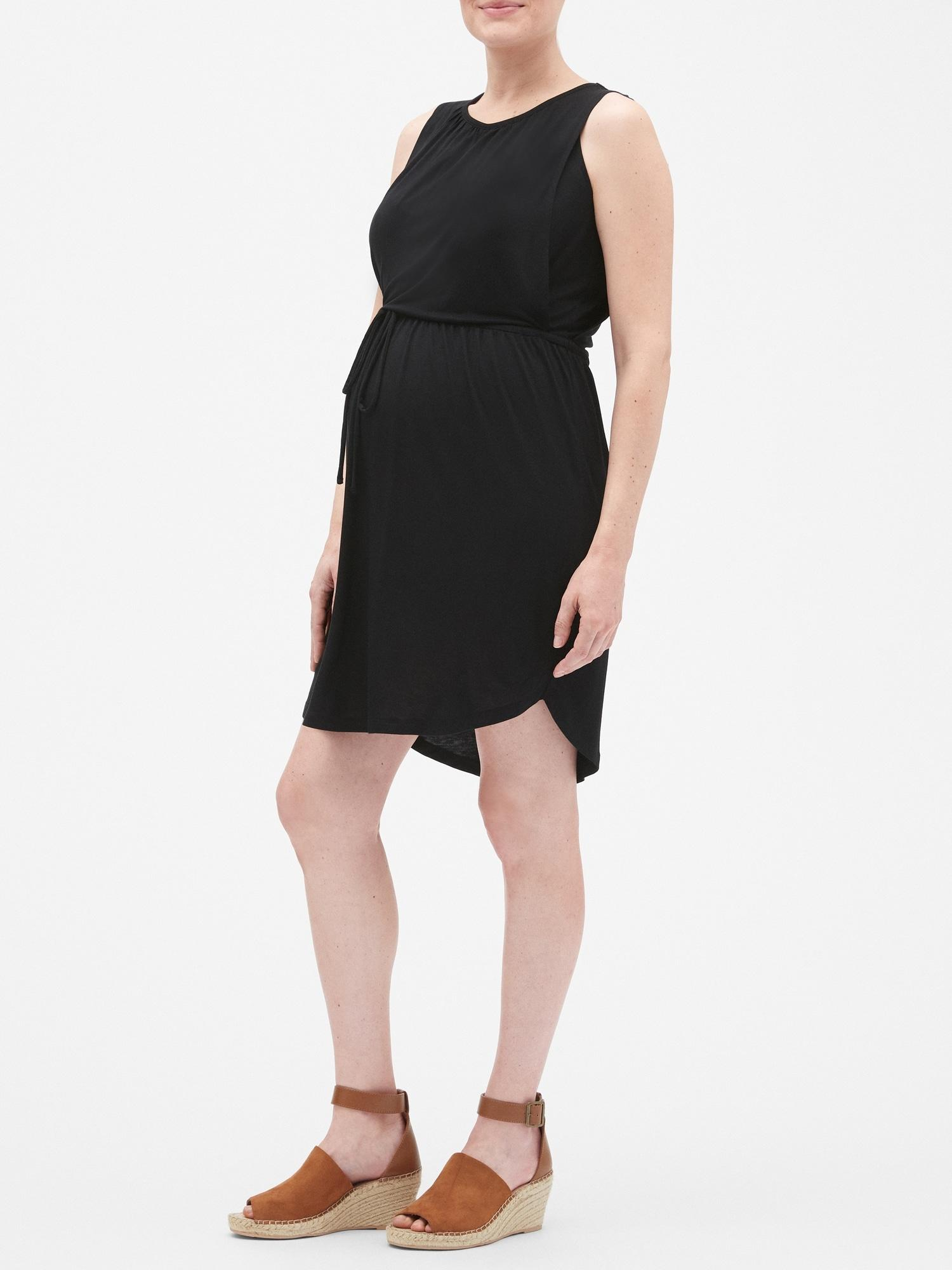 f92e8af3c0e Lyst - GAP Factory Maternity Layered Nursing Dress in Black