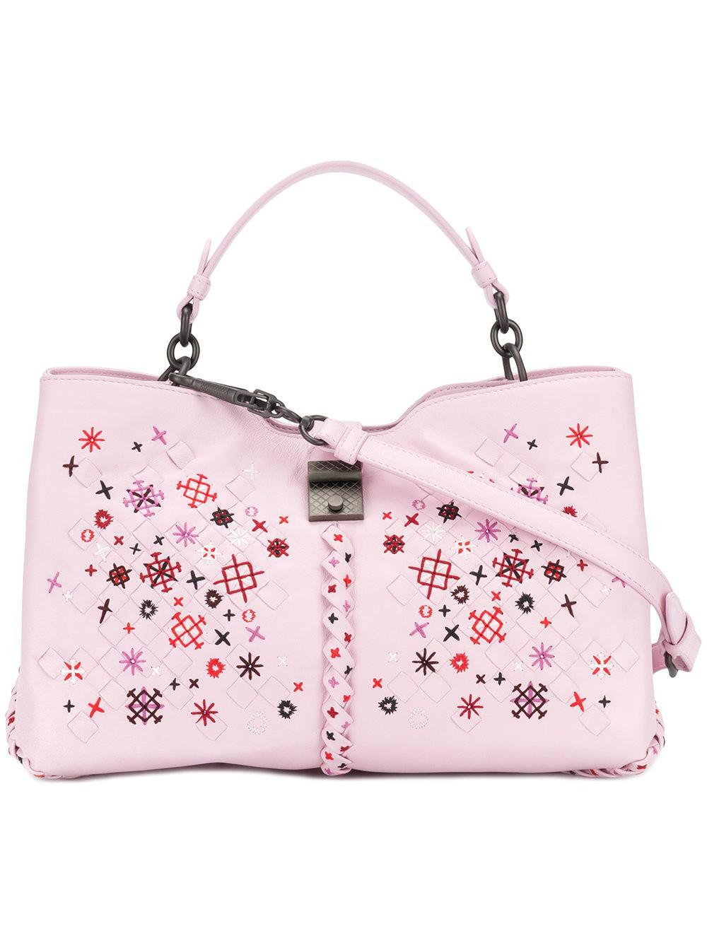 db31ccfe5d Lyst - Bottega Veneta Intrecciato Botanic Embroidered Handbag in Pink
