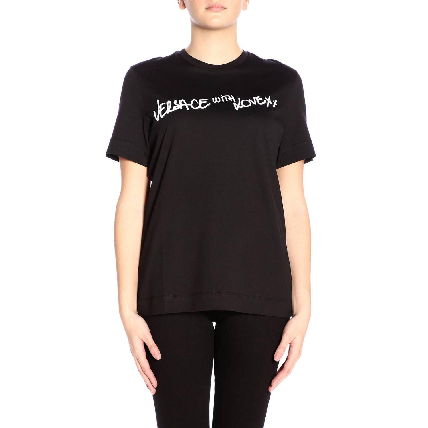 688819ac Lyst - Versace T-shirt Women in Black - Save 38%