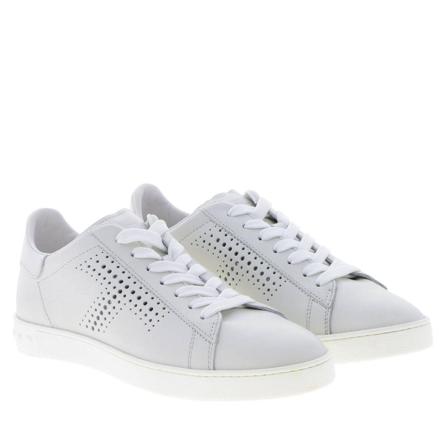 d2c343d47b8 Tod s Women s Sneakers In White Leather With T Logo in White - Lyst