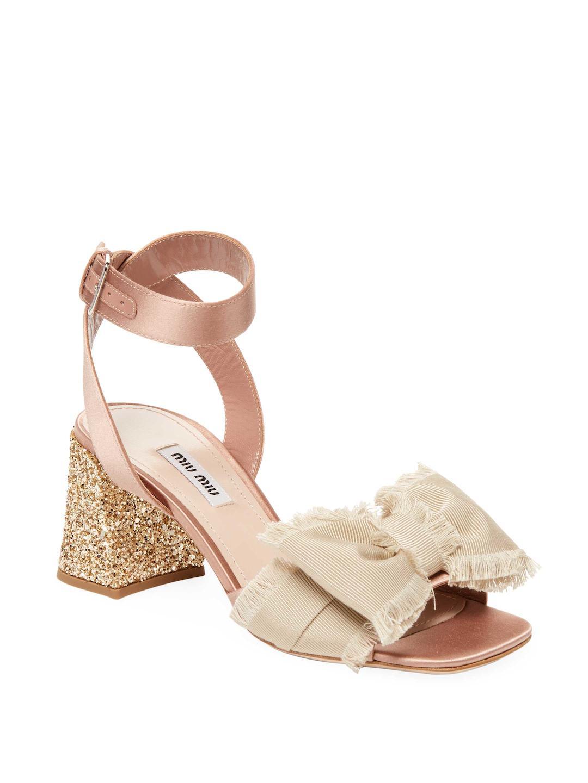 a3b54a95765 Miu Miu Fringe Bow Block-heel Sandals in Natural - Lyst