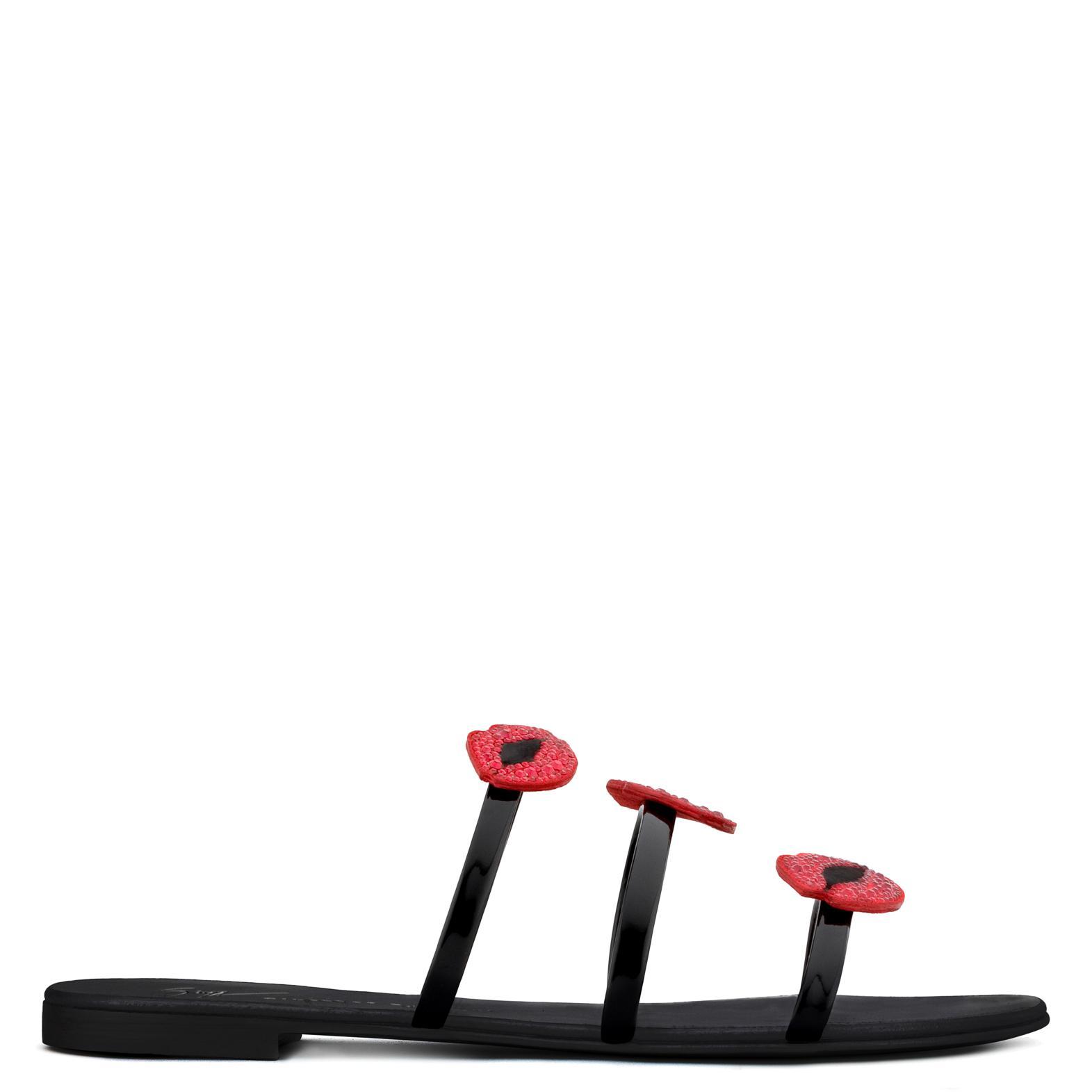 Giuseppe Zanotti Patent flat sandal with three straps and mouths ANYA BOUCHE KA0yZCjI8j