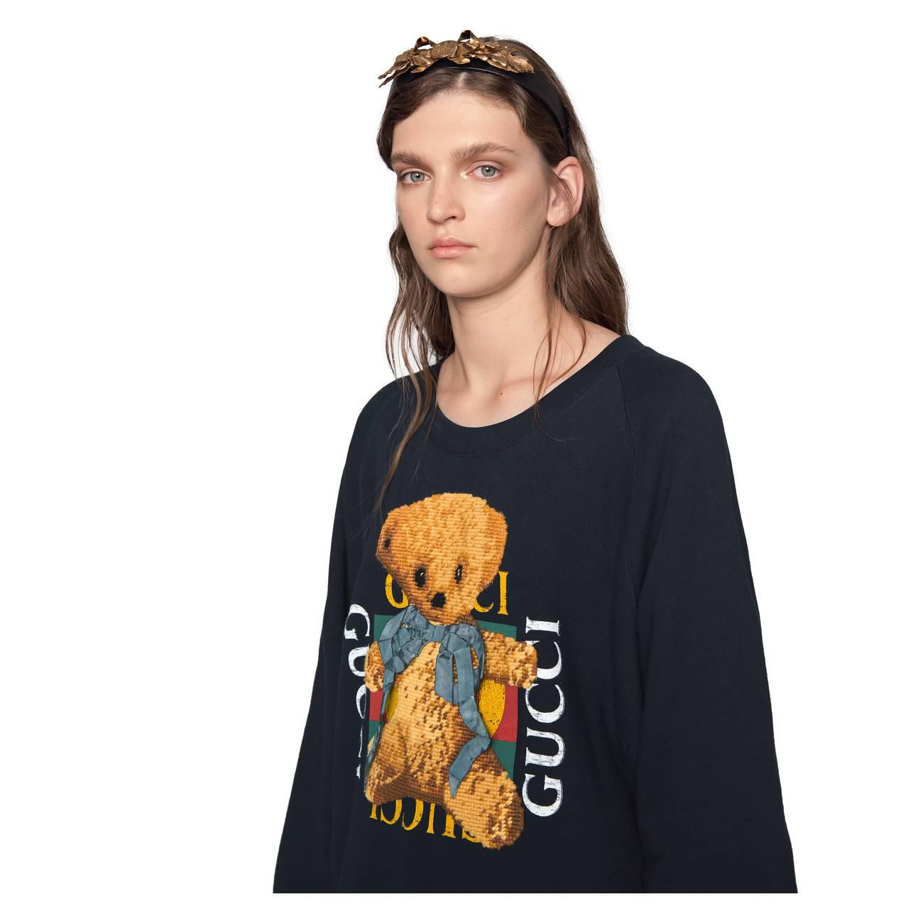 16ee477453e Lyst - Gucci Oversize Sweatshirt With Logo And Teddy Bear in Black
