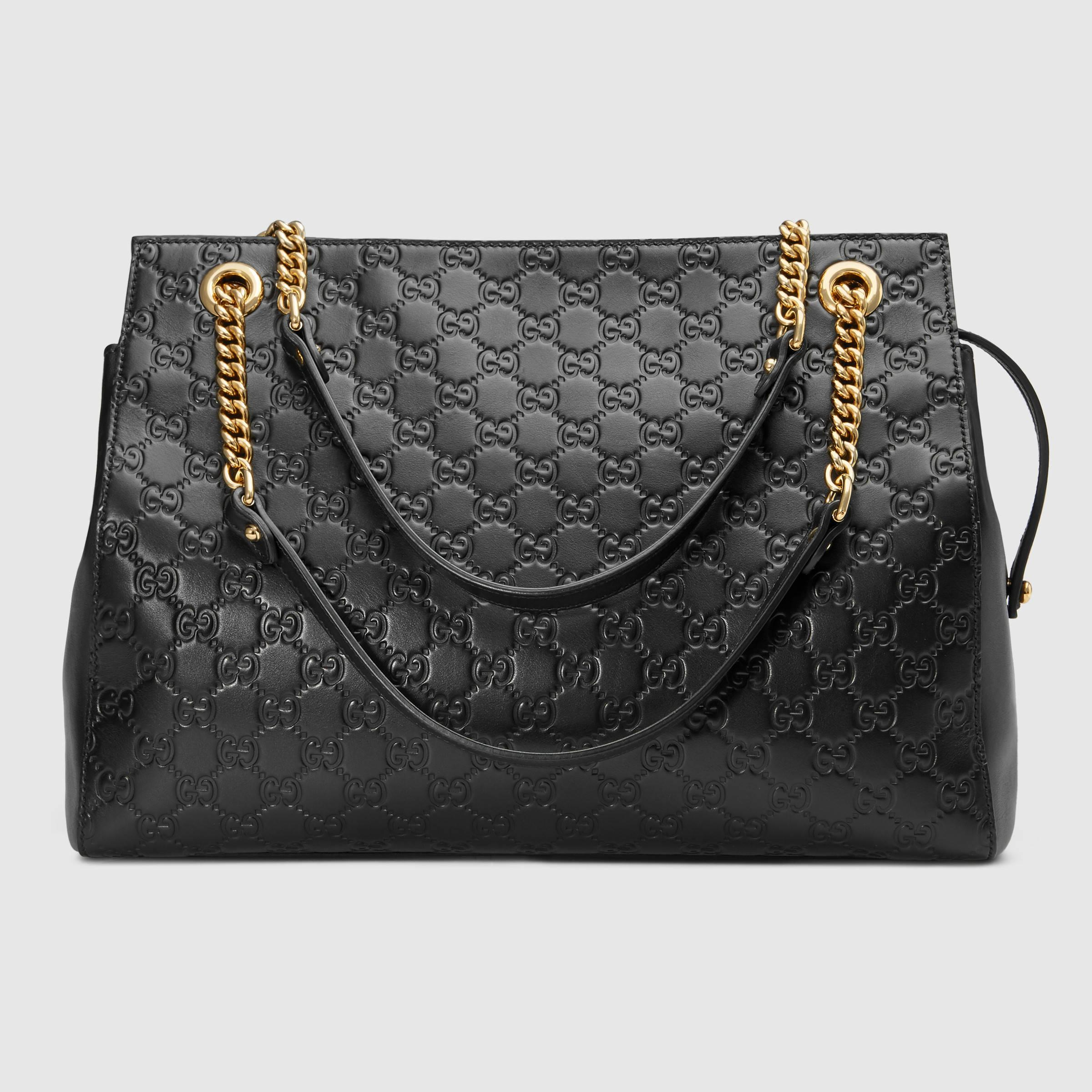 438a6a7bb25 Lyst - Gucci Soft Signature Shoulder Bag